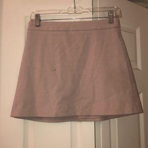 Cute light pink skirt!